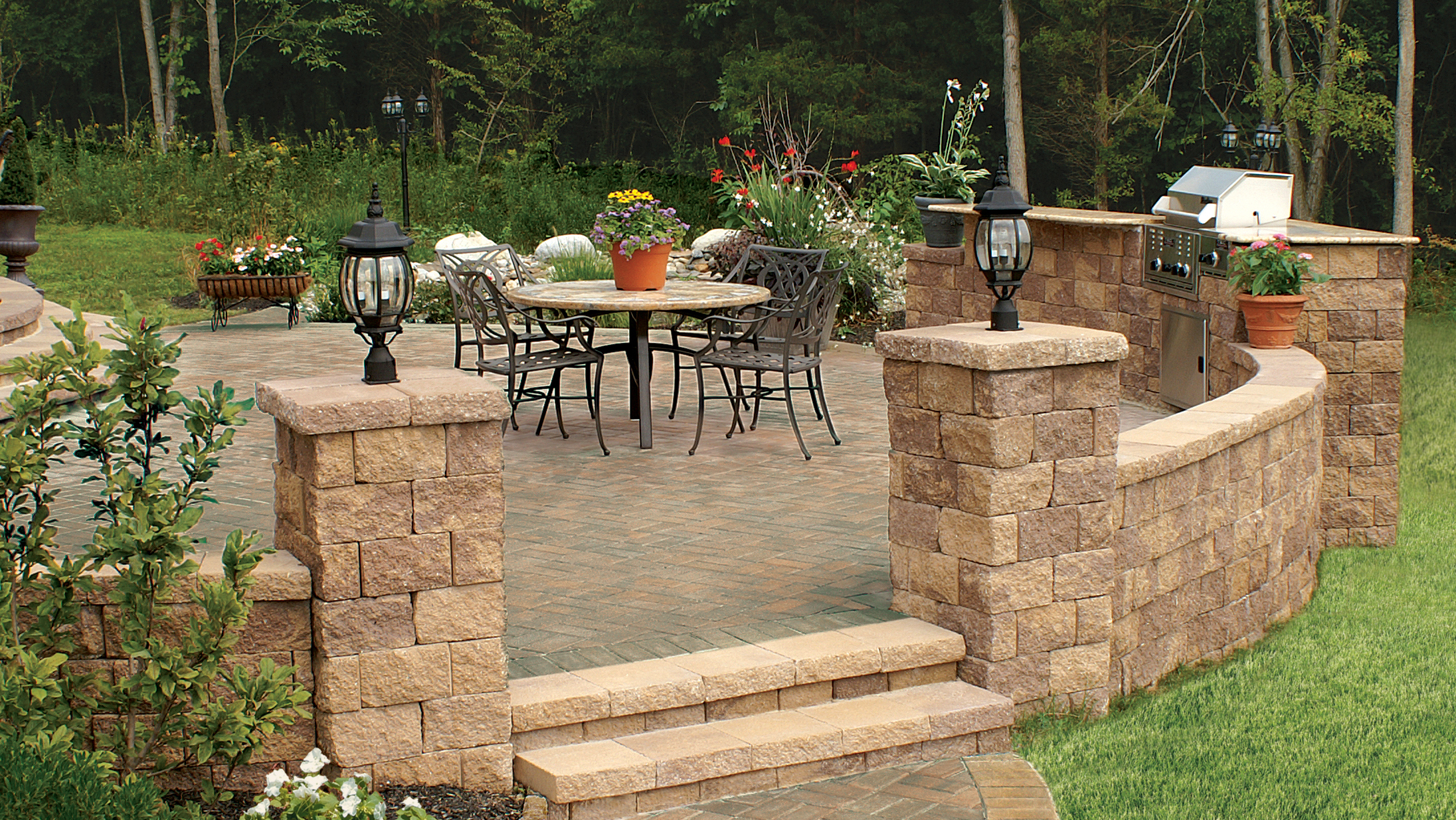 Outdoor Kitchen MaytRx Wall Stone